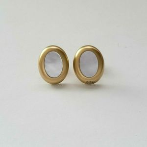 Kantis 18K Solid Yellow Gold MOP Stud Earrings